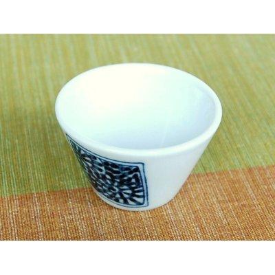 Photo5: Kakumon tako karakusa Sake bottle & cups set (wood box)