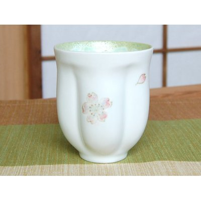 Photo2: Mai Sakura (Green) Japanese green tea cup / SAKURA type(wooden box)