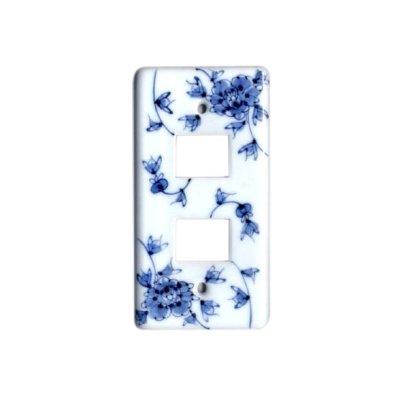 [Made in Japan] Hana karakusa (2 hole) plug socket cover