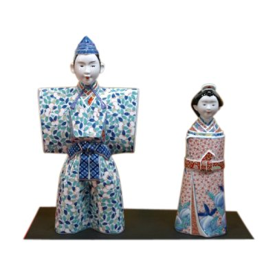 [Made in Japan] Nabeshima style Tachi Hina doll (a doll displayed at the Girls' Festival)