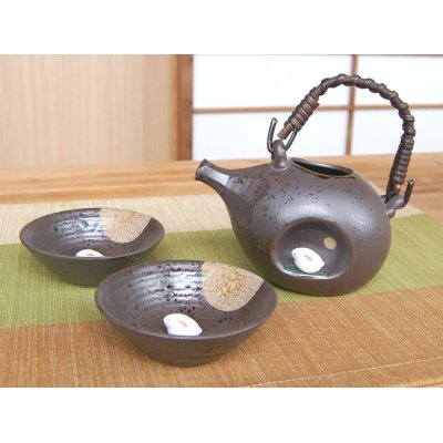 Photo2: Tsukimi usagi rabbit Sake bottle & cups set (wood box)